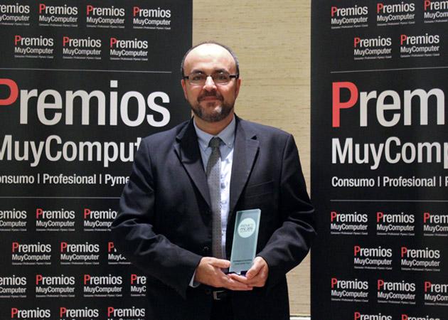 Recoge el premio Fabián Gradolph, Director de Comunicación de Oracle Iberia