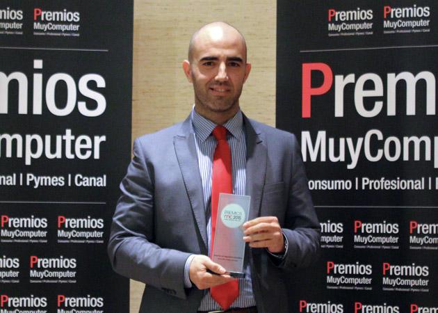 Recoge el premio Álvaro Roldán, Director de Canal y Alianzas Estratégicas de Trend Micro Iberia