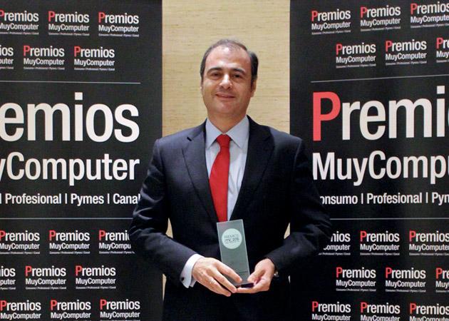 Recoge el premio Carlos Delso, Director de Ventas de Huawei