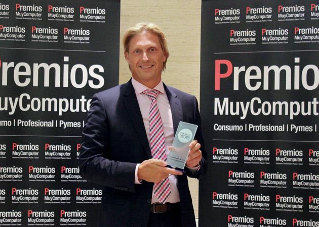 Recoge el premio Jeroen van Es, Country Manager de Avnet España y Portugal