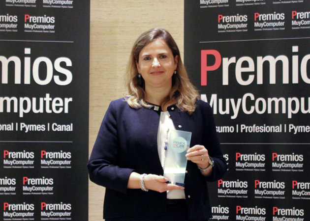Recoge el premio Alicia Lancho, Head of Alliances & Partners de Atos Iberia
