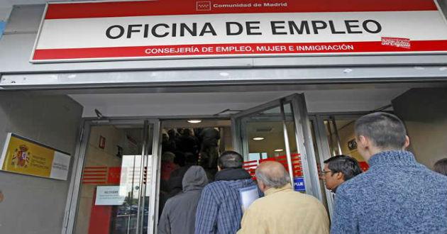 El desempleo registrado baja en noviembre en 27.071 personas