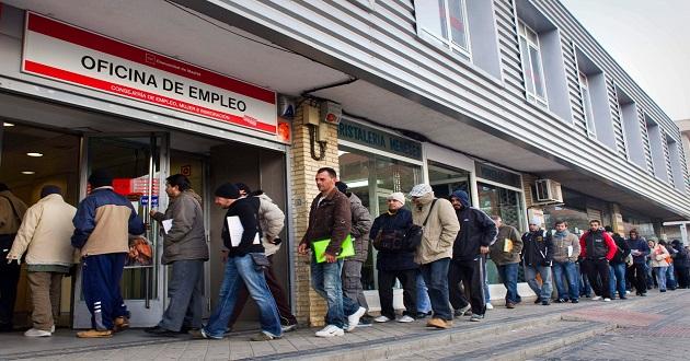 El paro baja en diciembre en personas muypymes for Oficina del paro barcelona