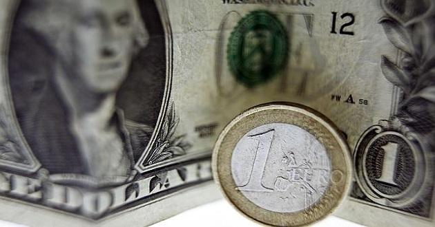 El euro alcanzaría la paridad con el dólar en el segundo trimestre del año