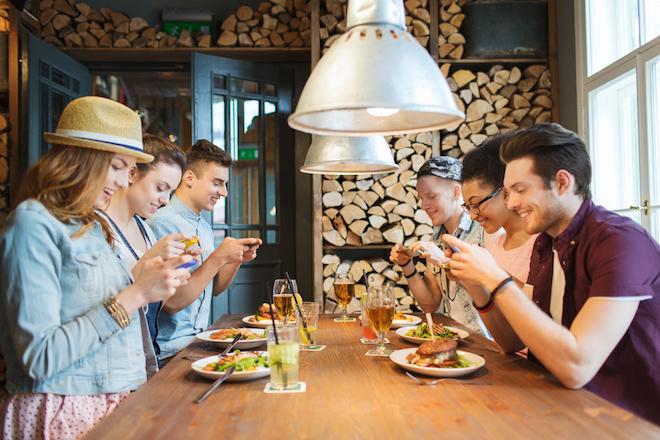 food_smartphone