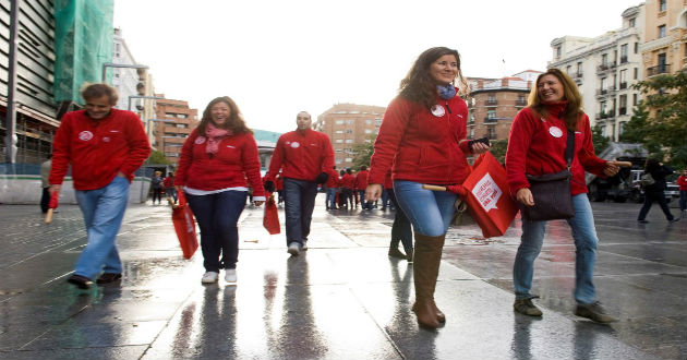 Empleados de Adecco España saldrán a la calle para asesorar gratis a desempleados