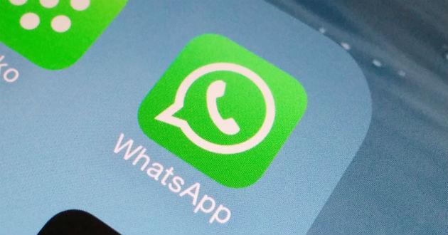 Cómo enviar documentos en WhatsApp con un móvil Android