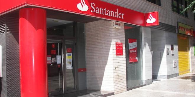 El santander cerrar 450 sucursales en espa a muypymes for Oficinas liberbank santander