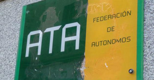 ATA y Hacienda renuevan un convenio para reducir trabas administrativas a los autónomos