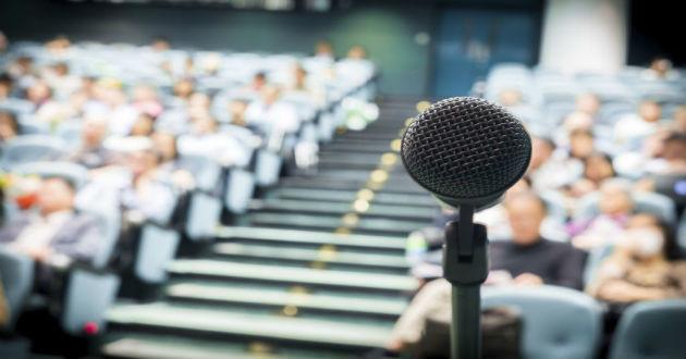Aprende a hablar en público con estas aplicaciones