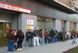 La tasa de paro cae en España por debajo del 20%