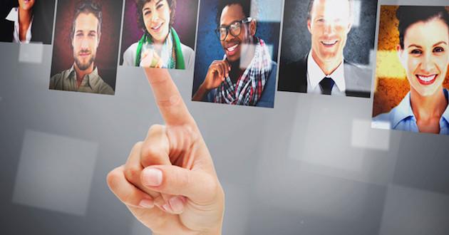 ¿Qué aspectos deben potenciar las empresas para atraer talentos profesionales?