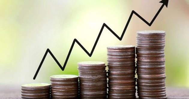 Las zonas turísticas impulsan el PIB en el primer semestre