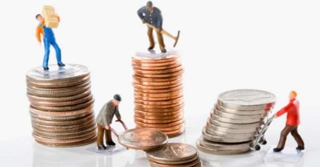 Las empresas cierran el año con salarios bajos y sueldos congelados