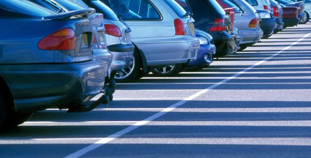 aparcamiento de coches