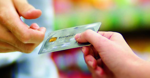 El pago con tarjeta sigue creciendo en España