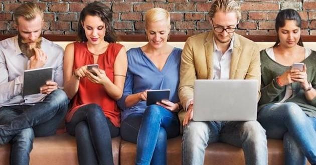 Las redes sociales, ¿enemigas de la productividad en la oficina?
