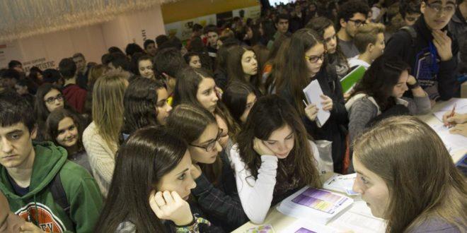 Los jóvenes priorizan un trabajo apasionante a un buen sueldo