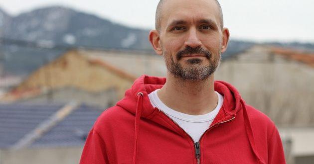 """Héctor Monerris, autor de One Last Beat: """"Utilizamos cajas de Amazon para crear los personajes"""""""