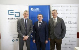 Acuerdo Wolters Kluwer Deusto Business School