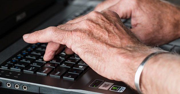 Un 43% de los parados mayores de 55 años lleva más de cuatro años en paro