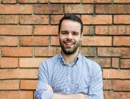 Maxime Henry, de Blue Valet: «Nacimos como una solución al estrés que supone el acceso a los aeropuertos»
