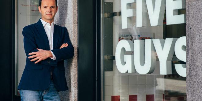 Daniel Agromayor, Five Guys: «Somos el Apple de las hamburguesas: todos los productos son frescos y ofrecemos 250.000 combinaciones»