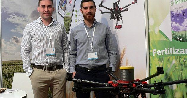 Dos jóvenes zaragozanos presentan A3 Paintec, su solución para la gestión agrícola