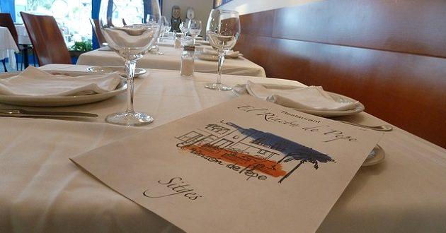 Tres de cada cinco cartas digitales de restaurantes no están bien adaptadas a los consumidores
