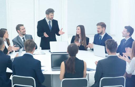 Sigue estos cuatro consejos para ganarte a tu jefe y poder vivir mejor