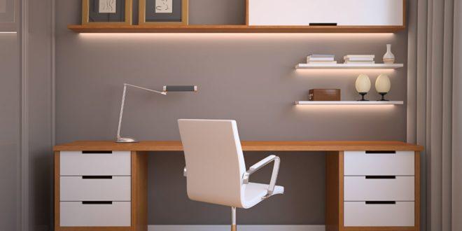 Los españoles se preparan para instalar la oficina en casa desde la irrupción de la pandemia gracias a la popularización del teletrabajo
