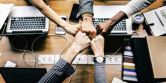 Estos son los cinco cambios que tendrán que afrontar las empresas en 2021 para llegar a sus clientes