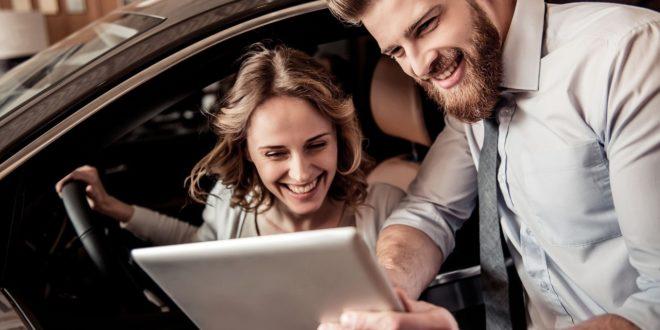 Casi uno de cada dos concesionarios españoles atienden a sus clientes de manera digital