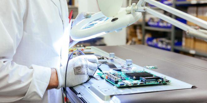 Por qué es mejor reparar los aparatos electrónicos en el servicio técnico